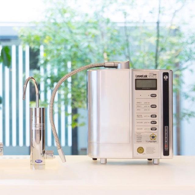 Kangen Leveluk SD501 Platinum là máy lọc nước ion kiềm thế mới của hãng Enagic