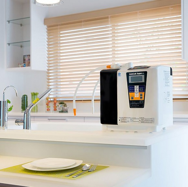 Kangen Leveluk SD501 Platinum là mẫu máy lọc nước ion kiềm công suất lớn