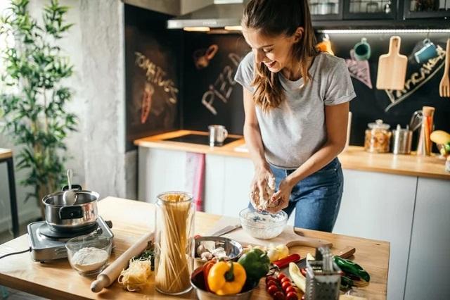 Nước uống (8,5 đến 9,5 PH kiềm) có thể sử dụng để nấu ăn và chế biến các loại thực phẩm khác nhau